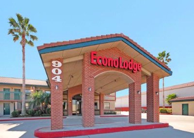 Econo Lodge 9 of 10