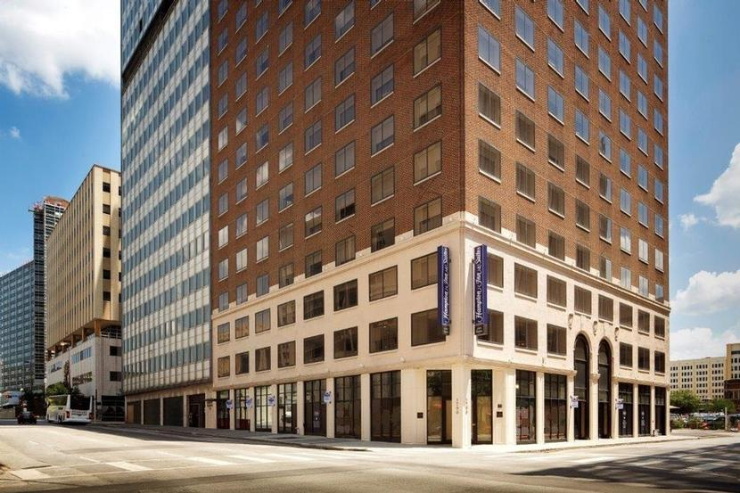 HAMPTON INN SUITES DALLAS DOWNTOWN Dallas TX 1700 Commerce 75201