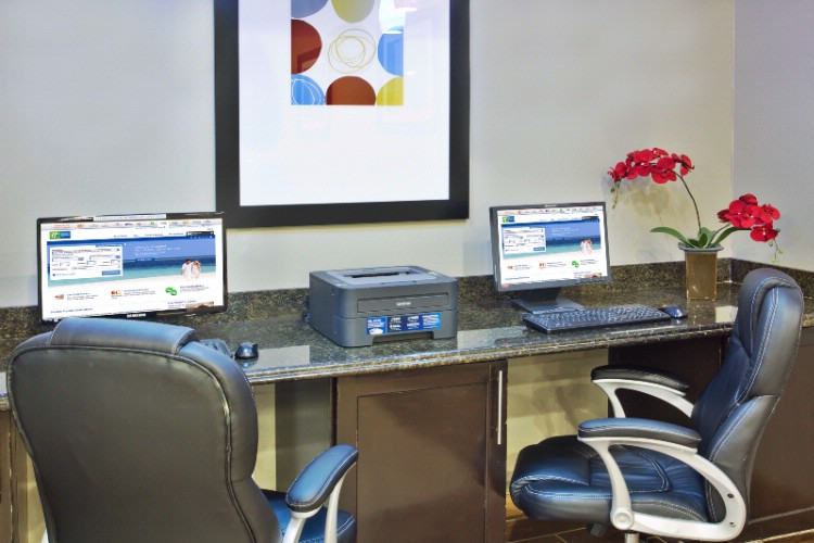 Our 24 Hour Business Center With Email Scan And Fax Services Available. 6 of 15