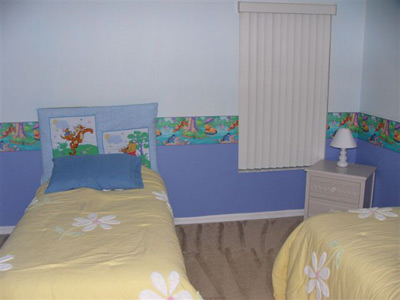 2 Twin Beds in this fanciful Pooh Room  4 of 11