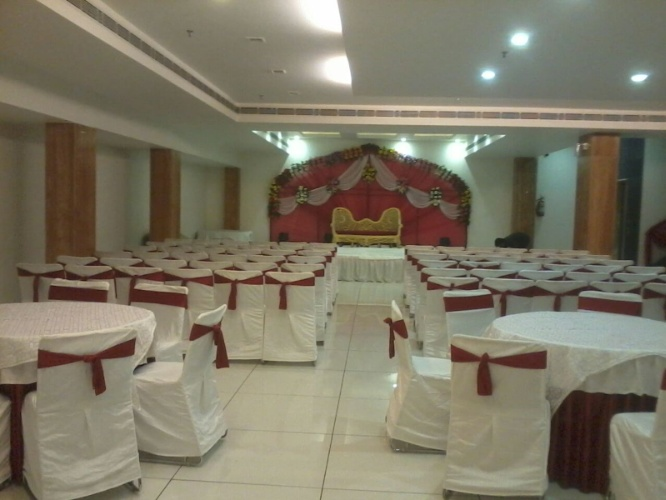Banquet Hall 13 of 16