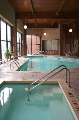 Indoor / Outdoor Pool & Whirlpool 6 of 15