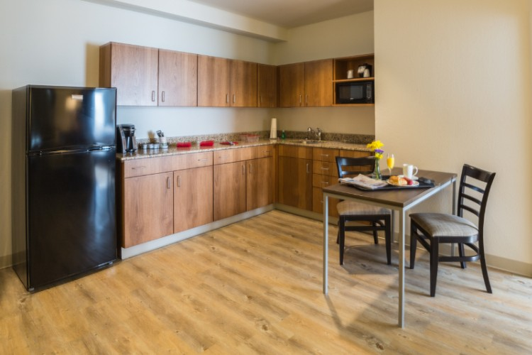King Suite Kitchenette 18 of 28