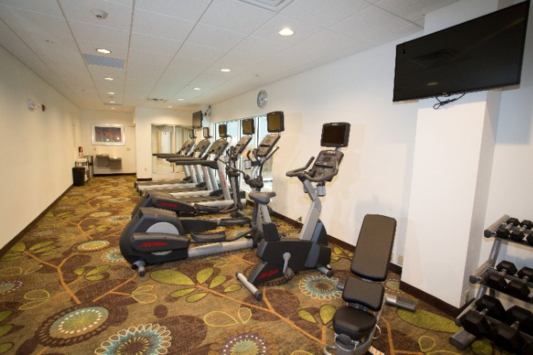 24-Hour Fitness Center 7 of 28