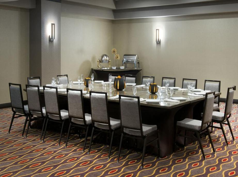 We Can Accommodate From 10 -100 In Our 4 Separate Meeting Rooms 21 of 23