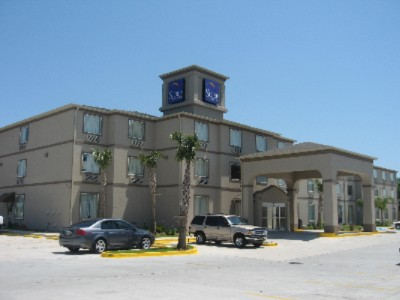 Baymont Inn & Suites Marrero 1 of 8
