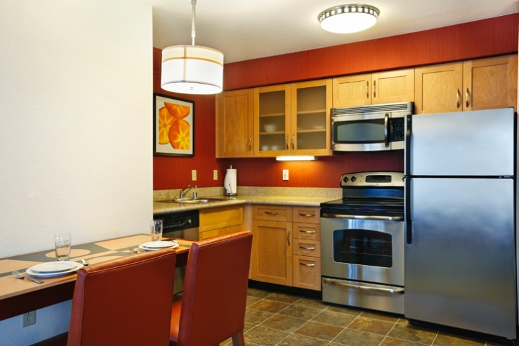 Fully Equipped Kitchen With Stainless Steel Appliances 9 of 9