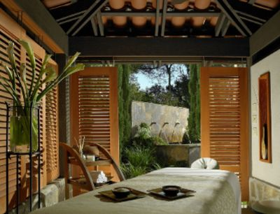 Outdoor Spa Treatment Room 6 of 15