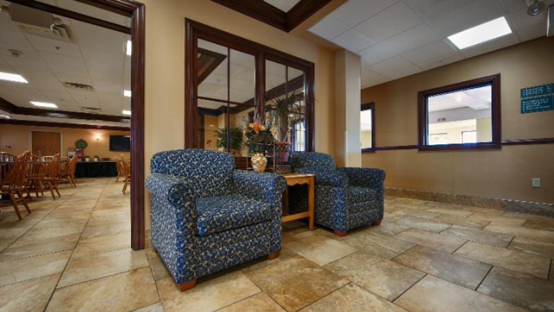 Find A Comfortable Chair To Chat With Friends Or Flip Through A Magazine In Our Charming Lobby 8 of 9