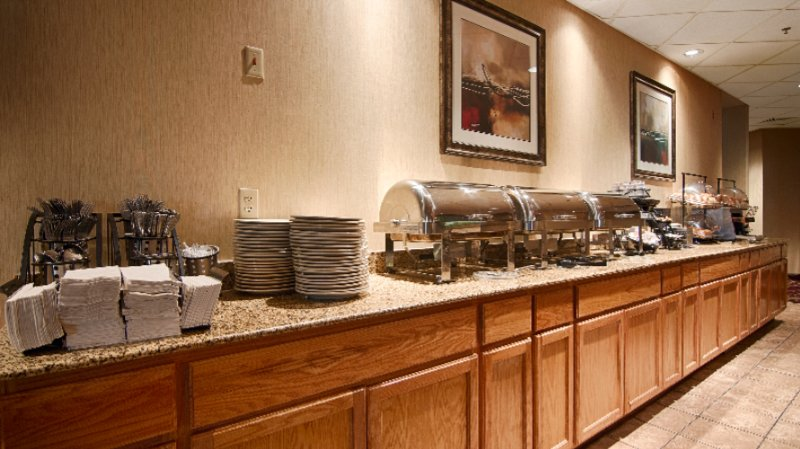 Complimentary Hot Breakfast Buffet 7 of 12