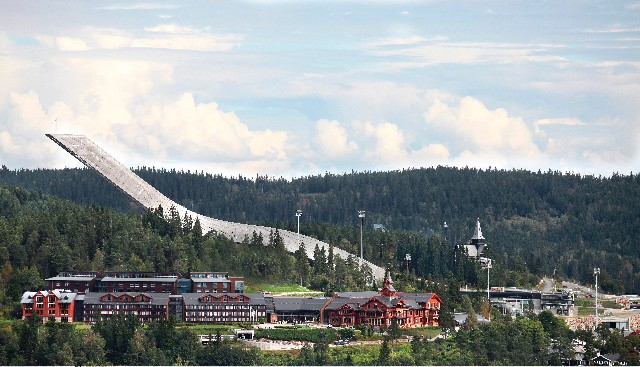 Our Location Is Overlooking Oslo And The Surrounding Areas With A Short Walk To Holmenkollen Ski Arena. 2 of 3