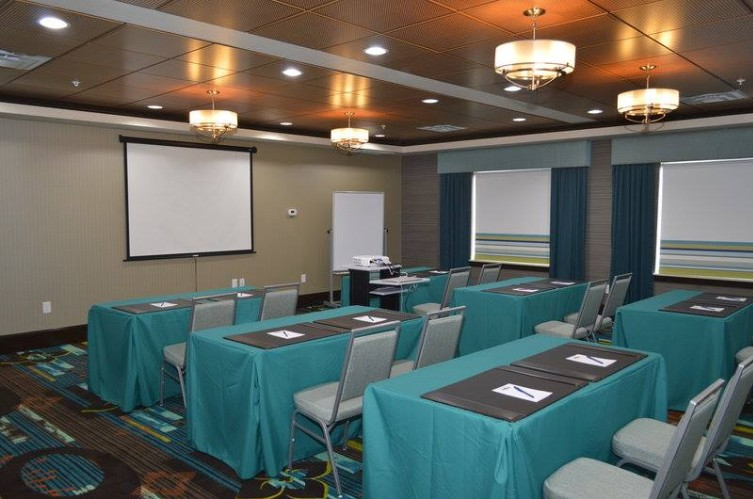 Meeting / Event Room 19 of 20