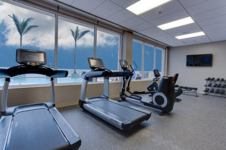 Stay On Your Exercise Regimen While Staying At Our Hotel. Our Fitness Center Features A Variety Of Cardiovascular Equipment And Free Weights And Looking Onto The Beautiful Atlantic Ocean. 5 of 13