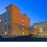 La Quinta Inn & Suites Danbury 1 of 8