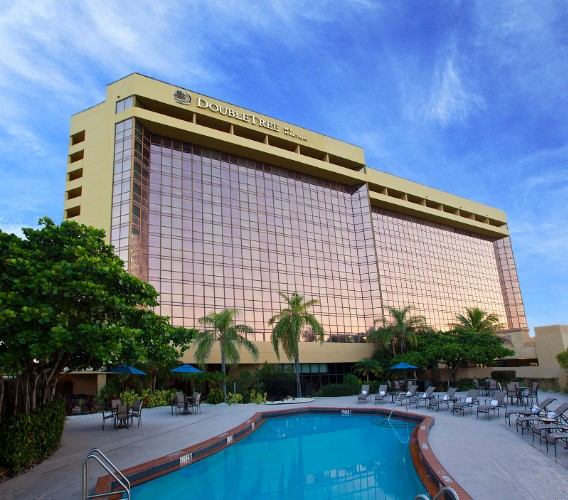Doubletree by Hilton Miami Airport & Convention Ce 1 of 15