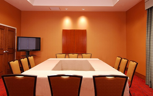 Meeting Room Is Flexible To Meet Your Group Needs Only About 400sf 5 of 11