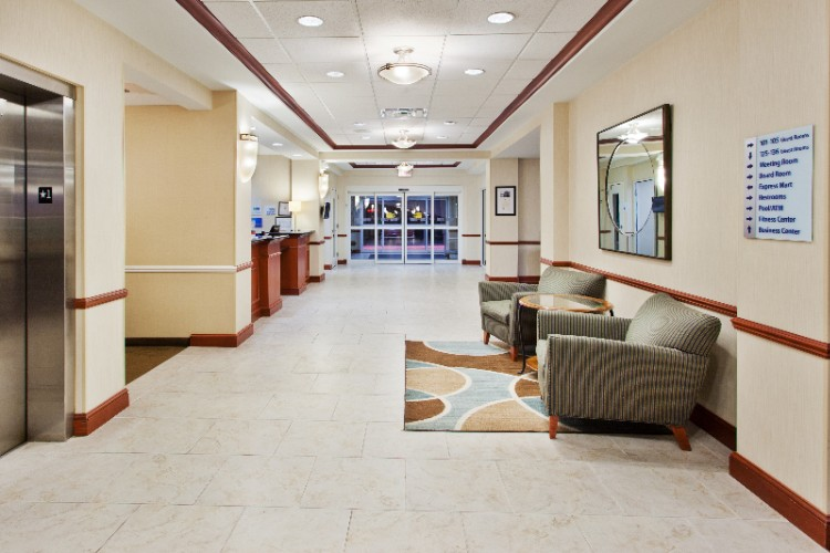 Holiday Inn Express & Suites Baton Rouge East Lobby 3 of 7
