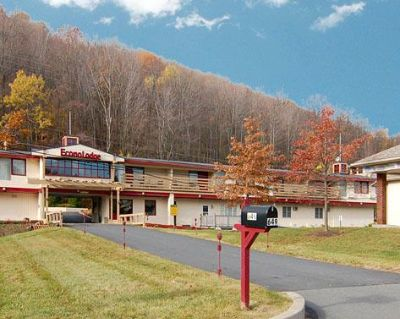 Econo Lodge of Clarks Summit / Scranton N 1 of 5