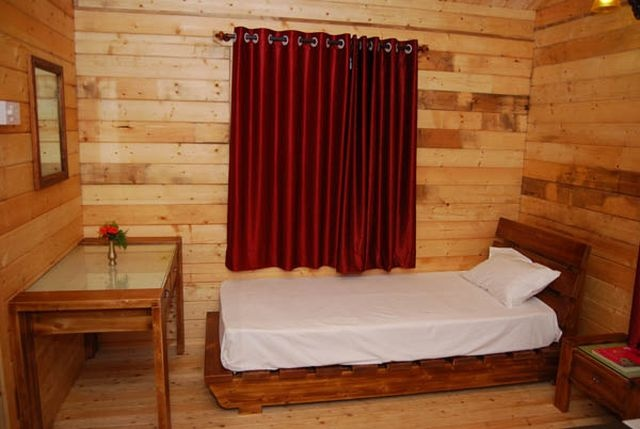 Wooden Cottage Room 16 of 16