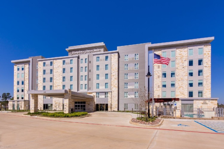 Hampton Inn & Suites North Houston Spring 1 of 16