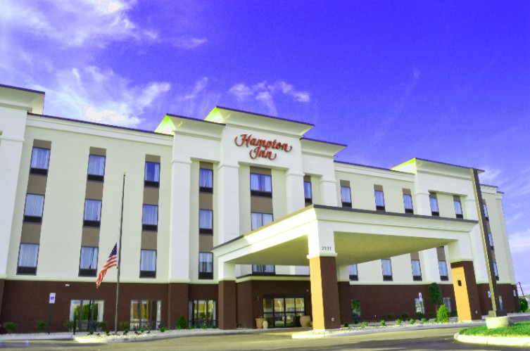 Hampton Inn Toledo / Oregon 1 of 15