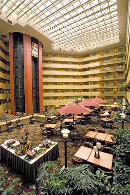 Embassy Suites Bwi 1 of 9