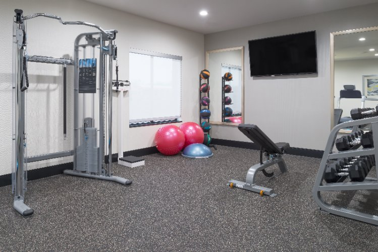 Fitness Center 2 12 of 16