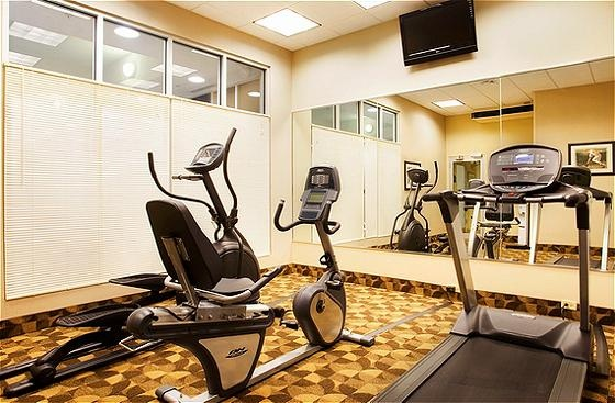 Exercise Room 10 of 12