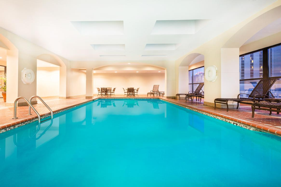 Indoor Swimming Pool 6 of 17