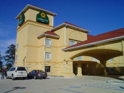 La Quinta Inn & Suites 1 of 9