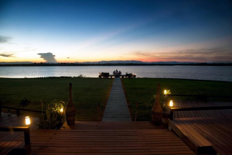 Enjoy A Private Dinner Overlooking The Peaceful Lagoon. 10 of 31