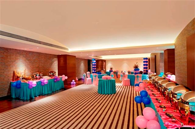 Banquet Hall 15 of 21