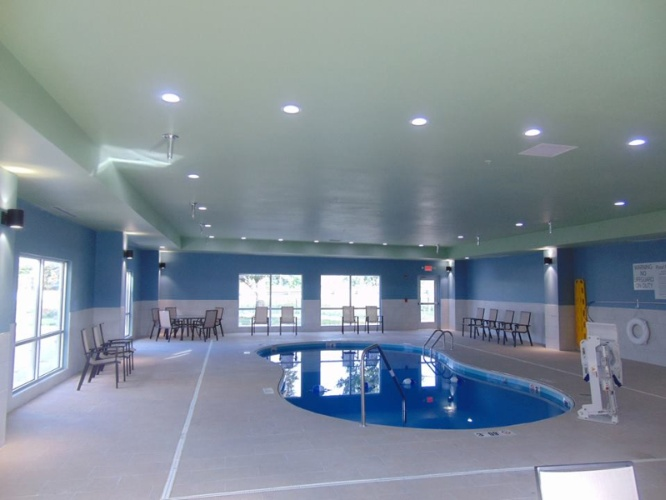 Indoor Heated Pool 4 of 12