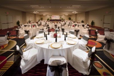 The Garden Ballroom Holds A Contemporary Design And Chic Modern Decor With Functional Seating Up To 450 People With Approximately 5000 Square Feet Of Space. All Meetings And Events Will Be Coordinated To The Final And Ultimate Detail. 10 of 19