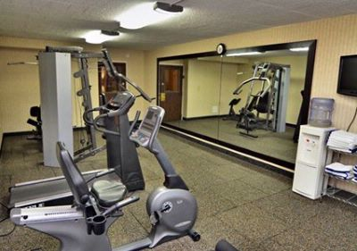 Fitness Center 12 of 15