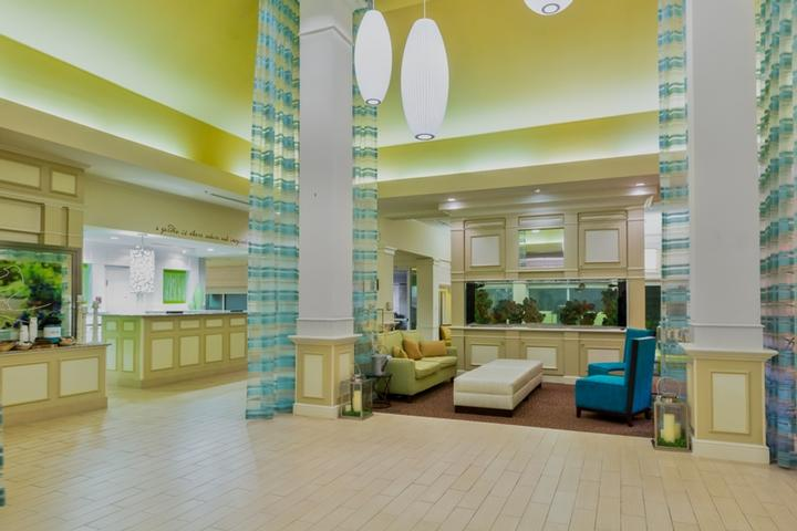 Lobby With Front Desk 3 of 11