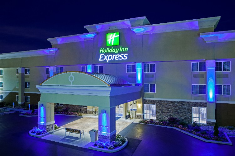 Holiday Inn Express Bowling Green Kentucky 1 of 13