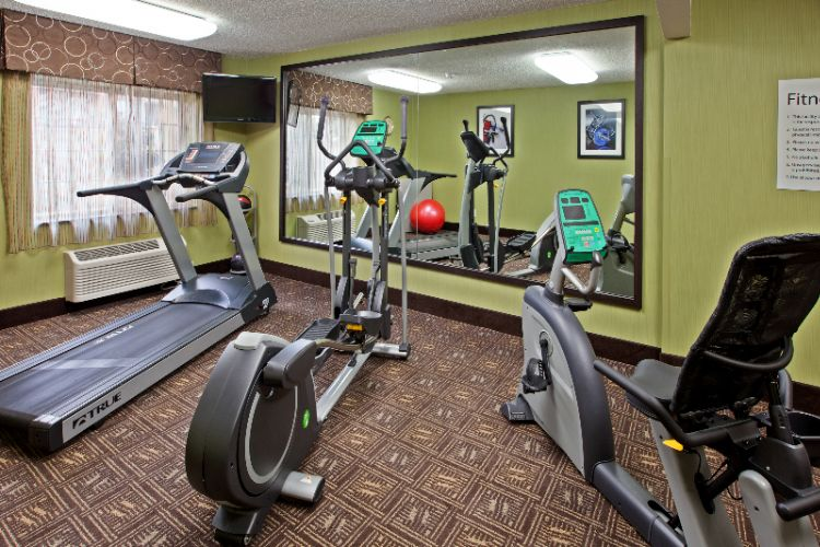 Fitness Center At The Holiday Inn Express Of Bowling Green 11 of 13