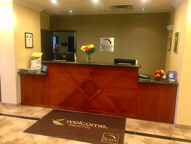 Front Desk 5 of 15