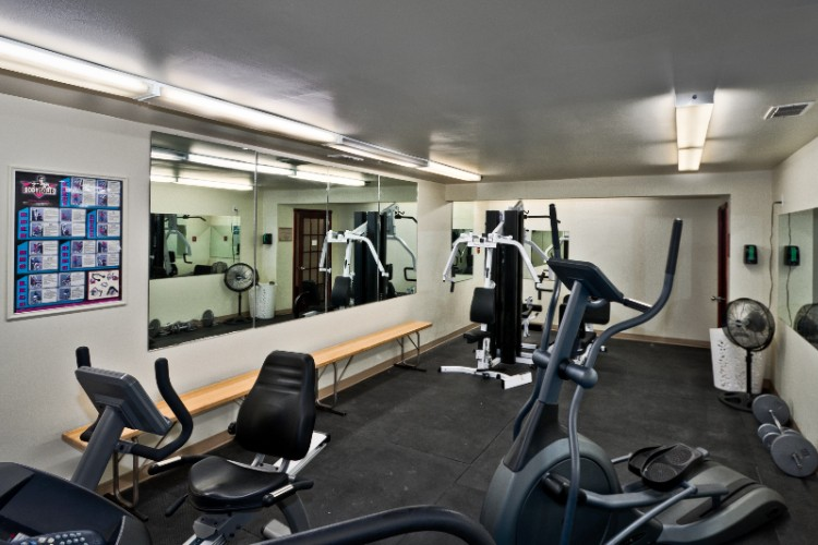 Fitness Room 29 of 31