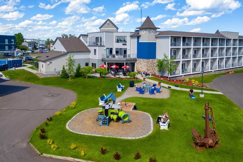 Park Point Marina Inn 1033 Minnesota Ave Duluth Mn 55802