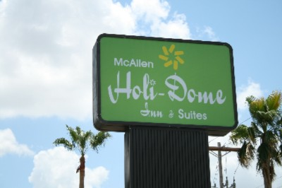 Mcallen Holidome Inn & Suites