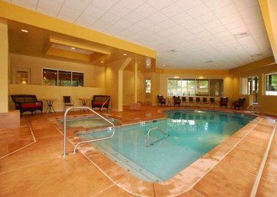 Indoor Saltwater Pool 10 of 16