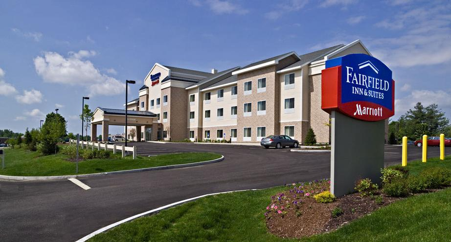 Fairfield Inn & Suites by Marriott Augusta 1 of 18