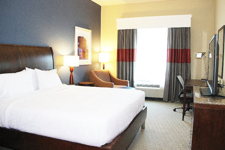 Spacious Guest Rooms 4 of 7