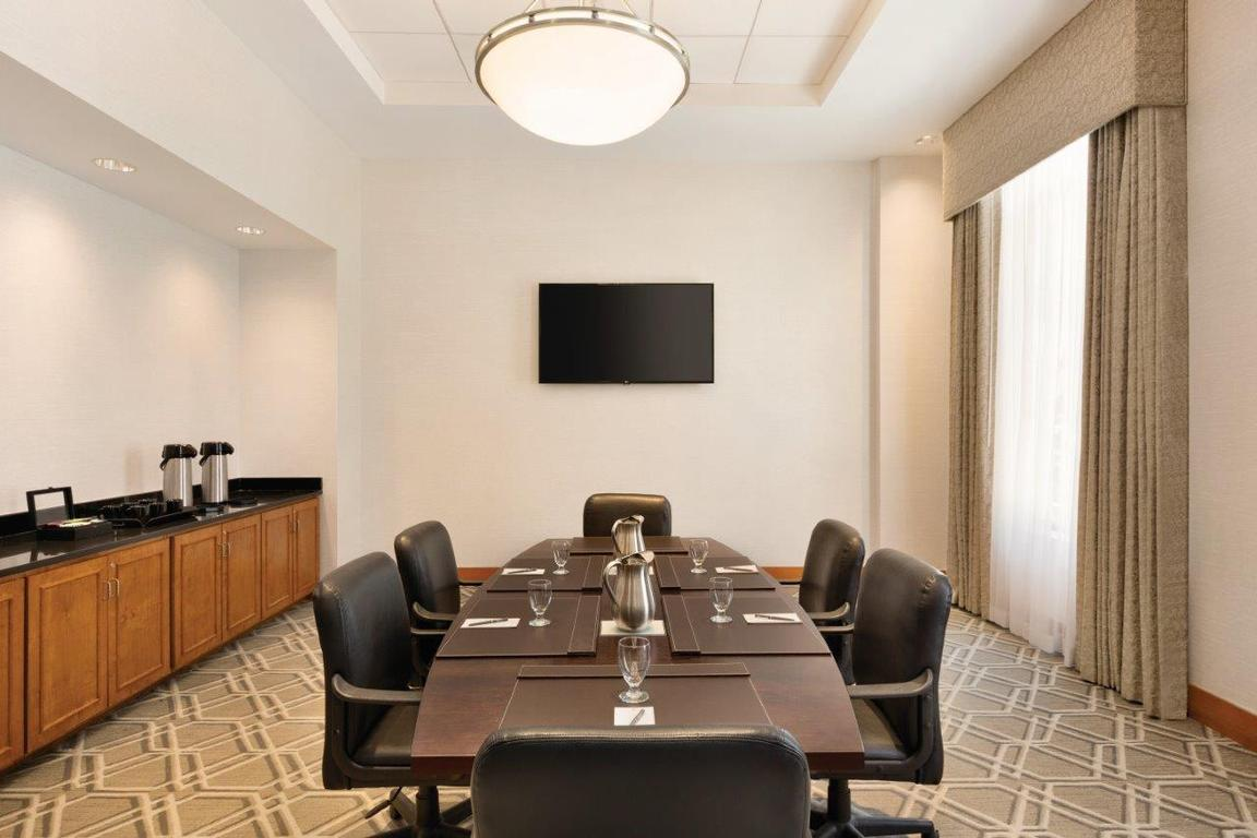 Boardroom 10 of 22