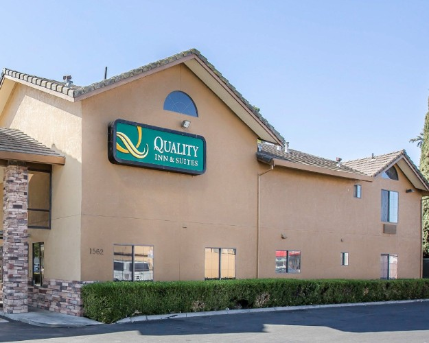 Quality Inn & Suites 1 of 27
