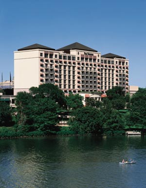Four Seasons Hotel Austin 1 of 5