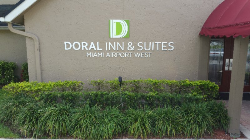 Doral Inn & Suites Miami Airport West 1 of 13