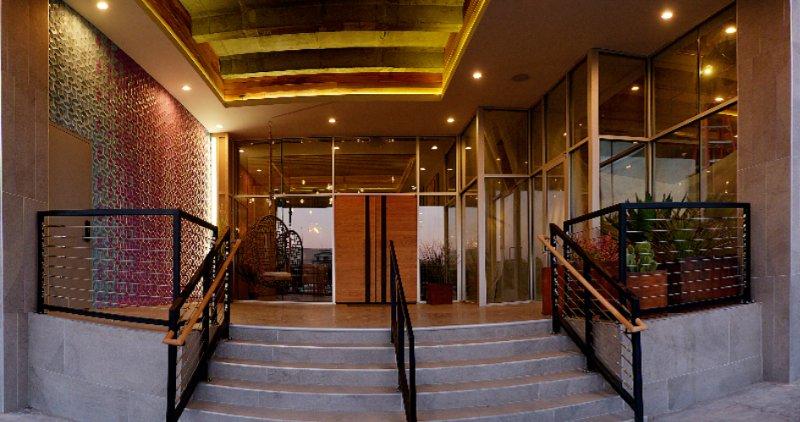 Hotel Indigo El Paso Downtown 325 North Kansas St. El Paso TX 79901